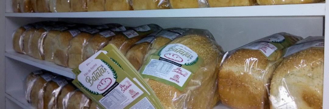 Alunos do Senai produzem mais de 1200 pães por semana para doação a famílias carentes de Araucária